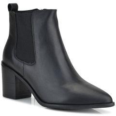 Black leather bootie JN33-20