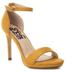 Yellow high heel sandal Refresh R69480