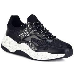 Black sneakers A0530