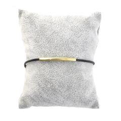 Gold bracelet with BR290