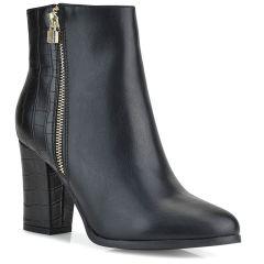 Black bootie F5708