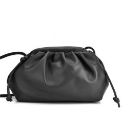 Black hand bag K563