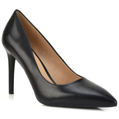 Black pump LT1638
