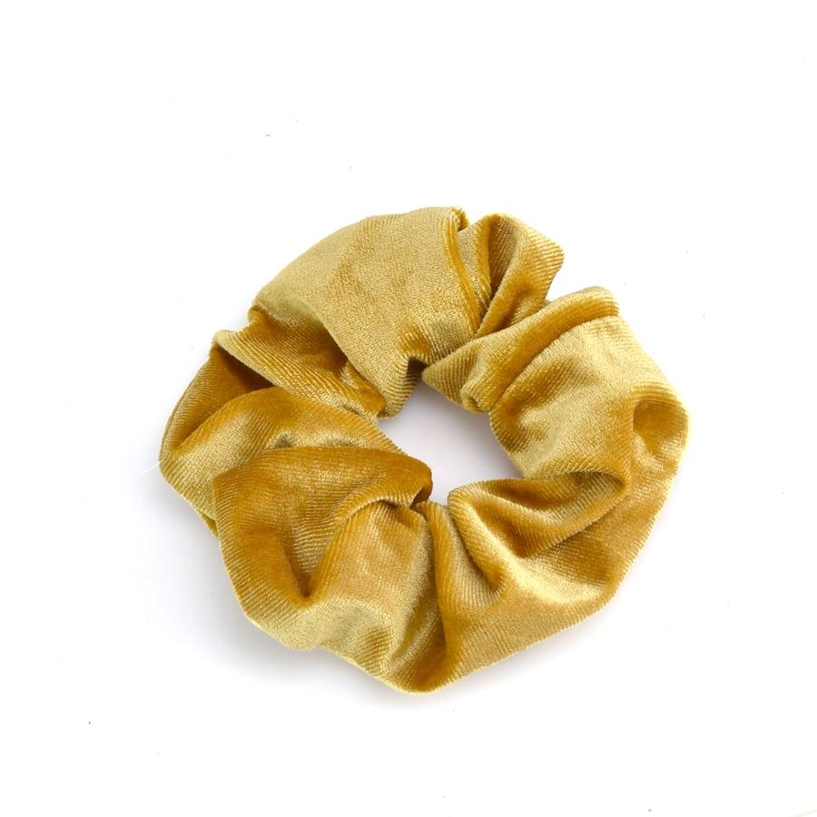 Κίτρινο βελουδινο λαστιχάκι SCRUNCHIES
