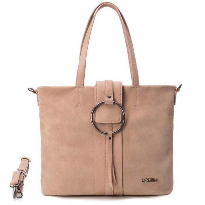 Δερμάτινη nude τσάντα ώμου Carmela 83315