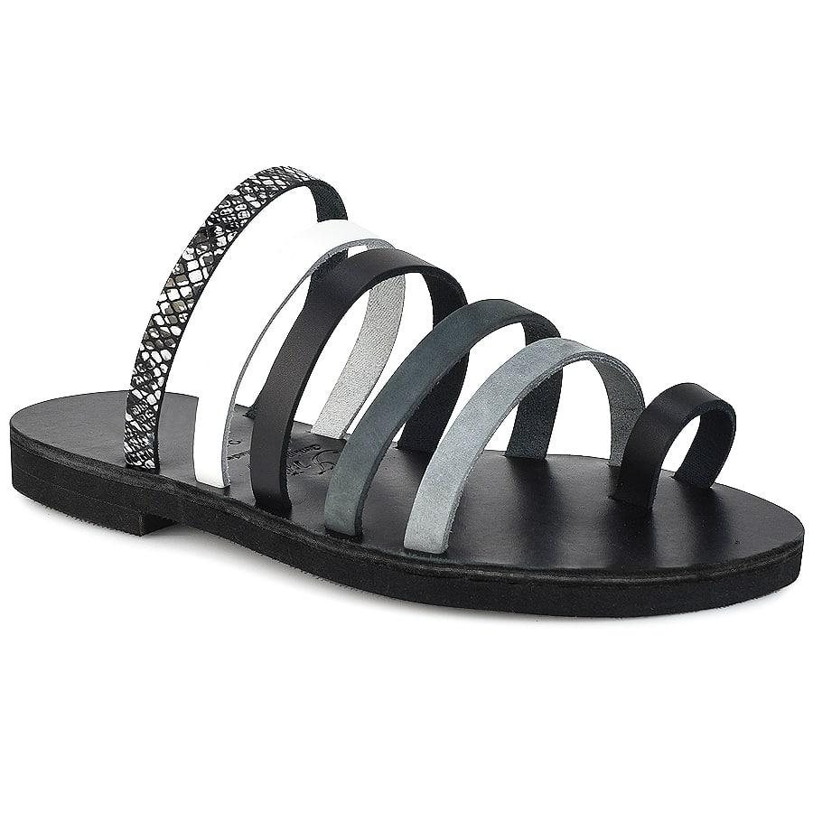 Δερμάτινη μαύρη σαγιονάρα Iris Sandals IR5/5