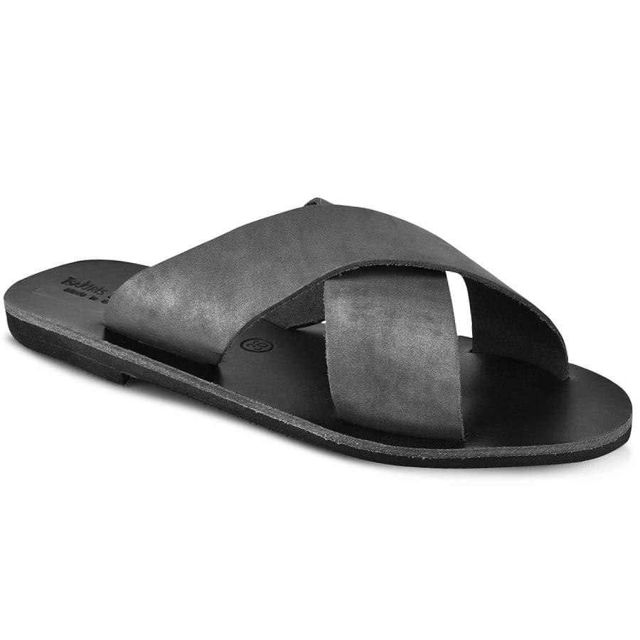 Δερμάτινη μαύρη χιαστή σαγιονάρα Tsakiris Sandals TS1001